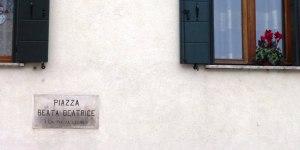 Foto 8_Este_piazza Beata Beatrice d'Este_Cario.ridotta