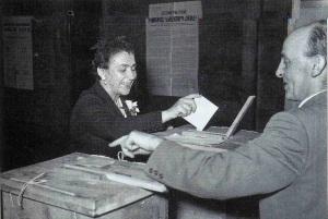 FOTO 7. Il primo voto
