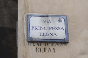 FOTO1.Comiso(RG)_ ViaPrincipessaElena_Rosa Perupato.ridotta